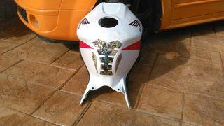 carcasa tanque honda 1000RR año 2004/05
