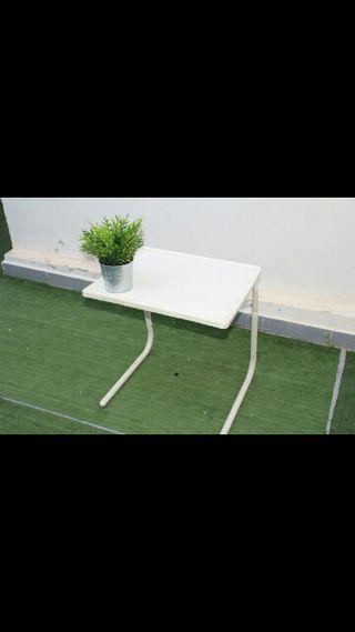 mesa sofá plegable.