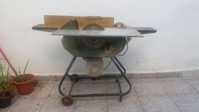 Circular de mesa cepilladora y taladro de segunda mano por for Wallapop mesas