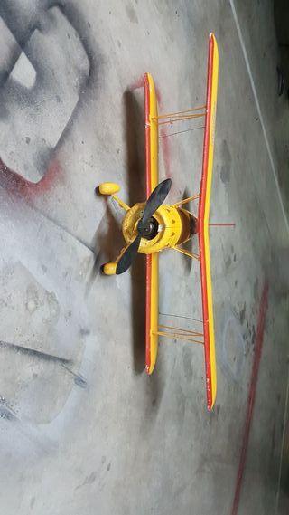 Se vende avion rc Biplano