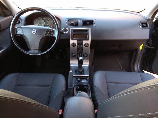 Volvo V50 2.0 d 136cv Revisiones Volvo con libro