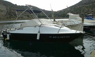 Embarcación Bayliner capri
