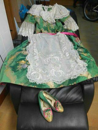 vestido de Fallera niña con zapatos