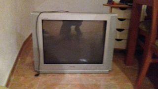 Televisión de caja
