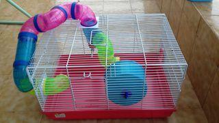 Jaula grande y limpia para hamsters