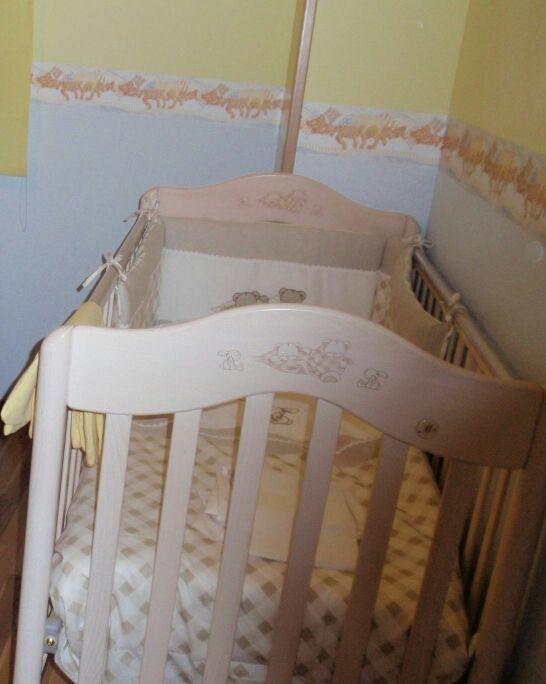 Conjunto Cuna, minicuna, mueble cambiador Prenatal de segunda mano ...