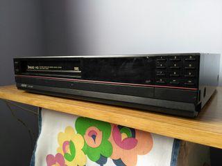 Reproductor/grabador video VHS SANYO