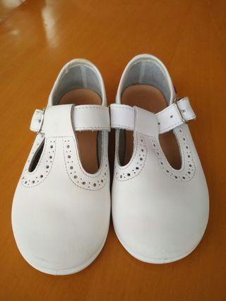 Zapatos de vestir niño niña talle 25 un solo uso