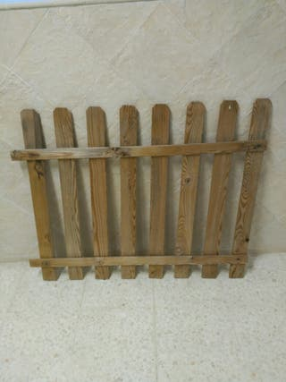 Cerca de madera. ( 18 unid. )