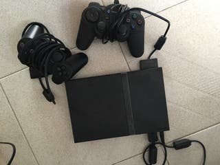 Playstation 2 con dos mandos