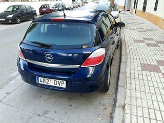 Opel astra azul