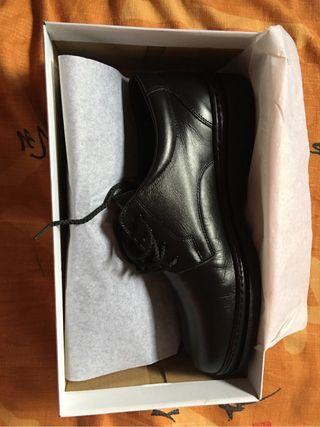 Zapato Negro Talla 44