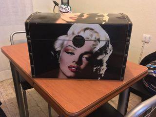Baúl Marilyn Monroe