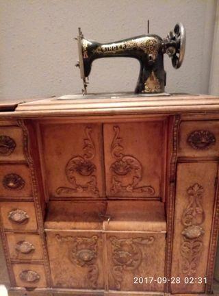 Mueble antiguo de segunda mano en madrid en wallapop - Muebles antiguos madrid ...