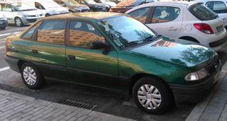 Opel Astra 1.6 16v del '98