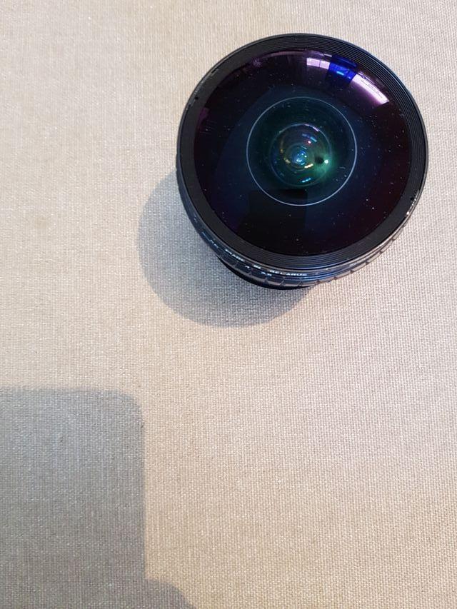 Objetivo Canon 8mm peleng gran angular