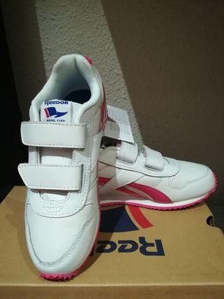Zapatillas niña t. 32 nuevas