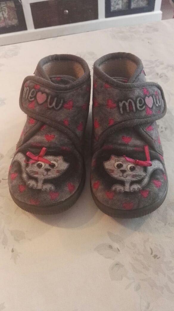 Zapatillas niña Vulladi