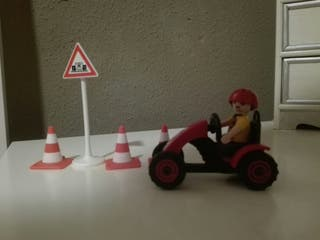 Playmobil Niño Special con Coche.