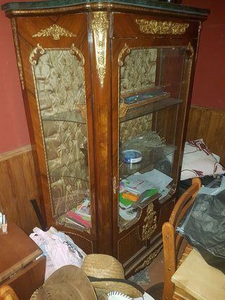 mobiliario clasico estilo frances
