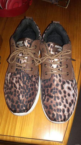 bambas leopardo mustang