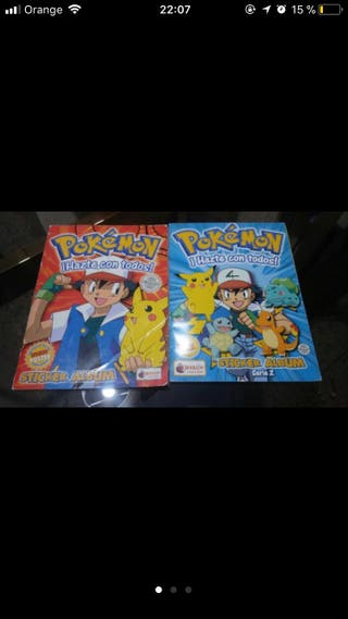 Dos albums cromos pokemon