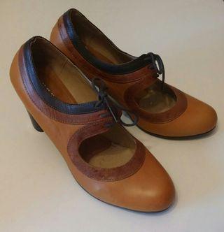 Zapatos piel T39