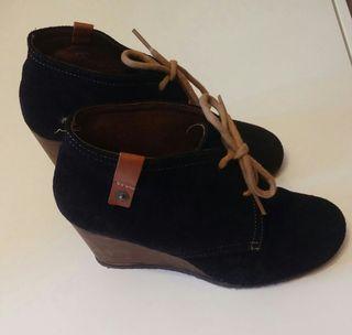 Zapato ante negro T39