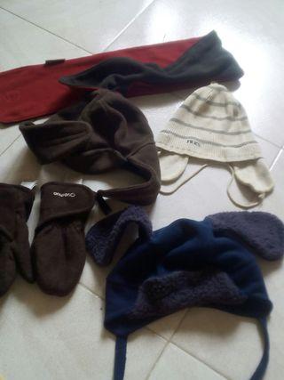 3 gorras 1 bofanda y guantes todas 5€