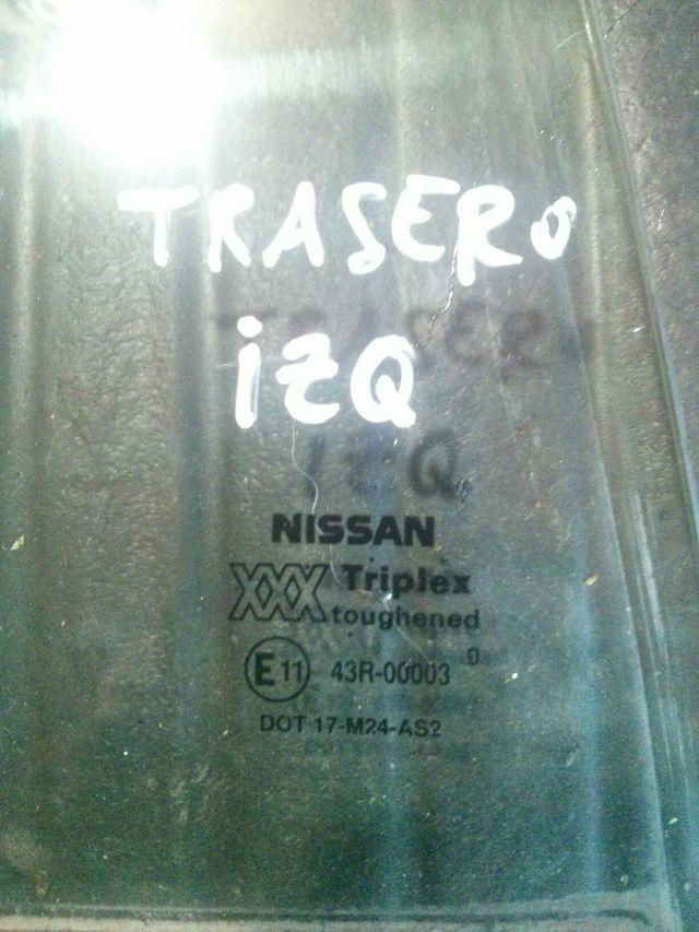 NISSAN PRIMERA P10 CRISTAL PUERTA
