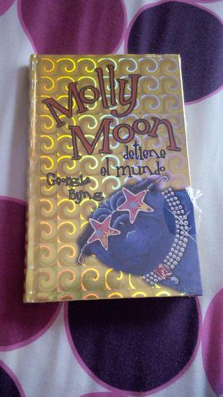 Libro lectura: Molly Moon
