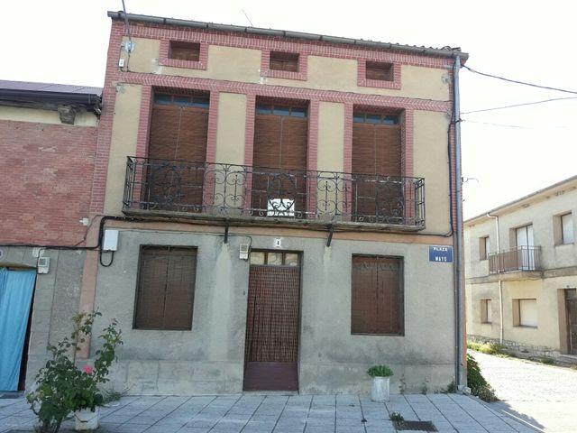 Casa (Cistérniga, Valladolid)