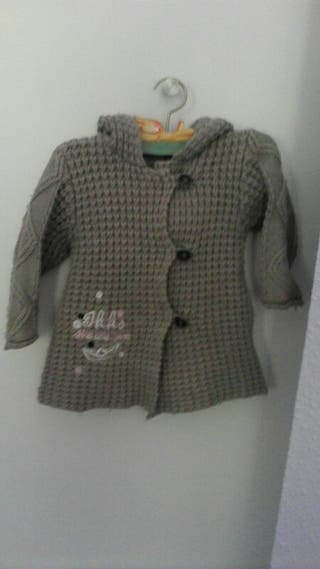 abrigo IKKS talla 74cm