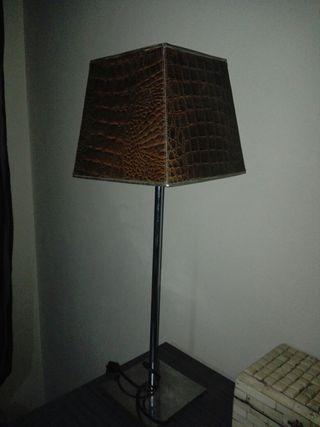 Pie lámpara
