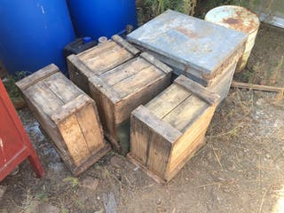 Cajas de colmenas antiguas