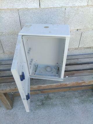 cajas para cuadros electricos