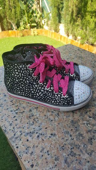 Zapatos skechers niña T 29