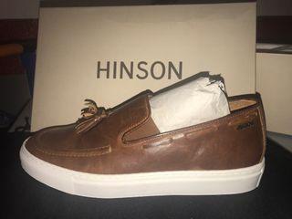 Zapatos Hinson nuevos