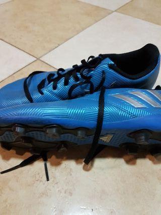 botas de futbol tacos adidas