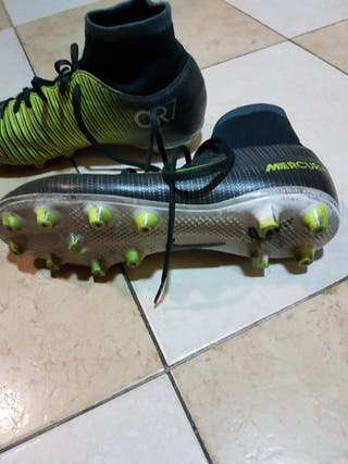botas de futbol nike Mercurial con calcetin