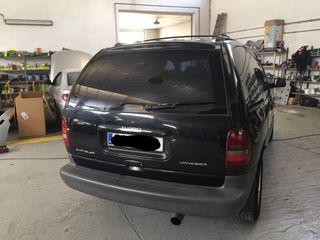 Chrysler Voyager 1999 2.5 td