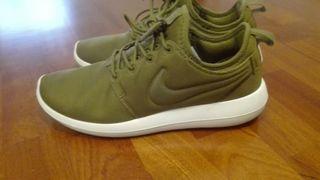Nike Roshe two Num 40
