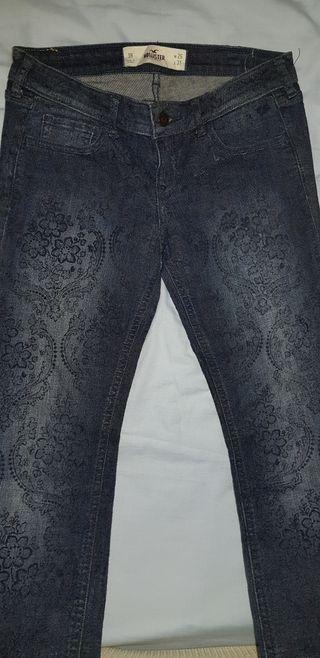 Hollister. Pantalones mujer. Talla 26/31.