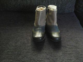 Vendo botines sin estrenar numero 36 en piel fabricado en españa