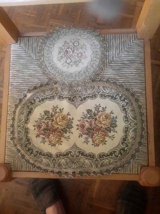 tapetes de brocado y pasamanería
