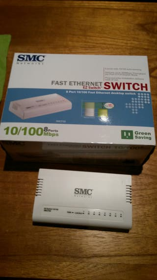 Switch Ethernet 8 puertos 10/100 SMC