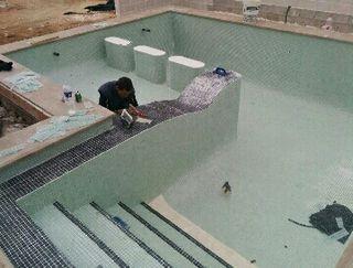 construcciò de piscina