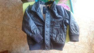 chaqueta de cuero talla 24-36 m