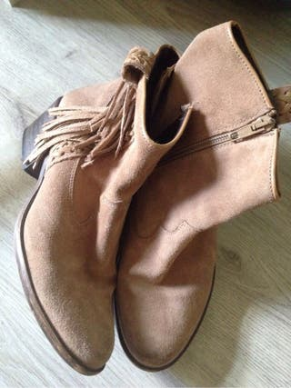 Brown boots booties