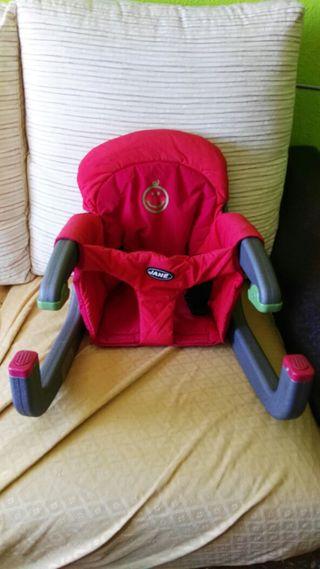 silla roja para comer